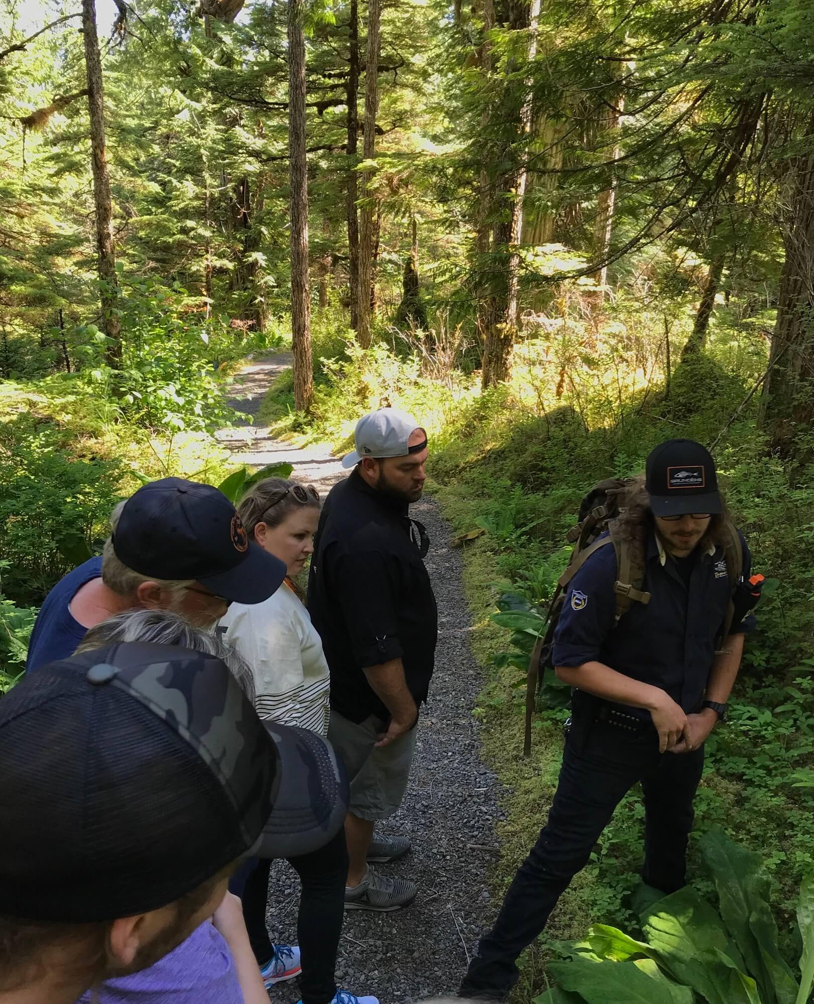 https://www.kawanti.com/wp-content/uploads/2018/10/Alaska-Bear-Trail-with-guide.jpeg