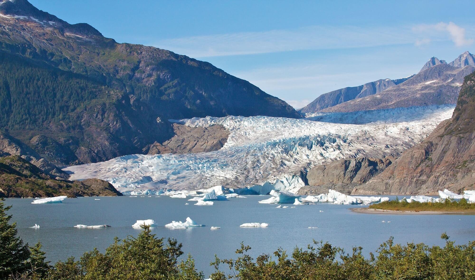 https://www.kawanti.com/wp-content/uploads/2018/10/Juneau-Zip-Mendenhall-Glacier.jpg